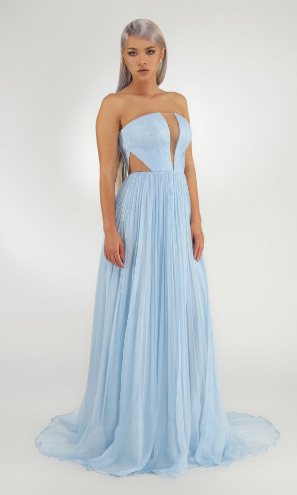 Helena dress - Built-in corset with silk hand-made folds. Deep cleavage in front and the back. Corsage cut at the side and the back